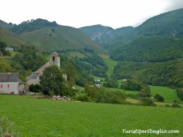 Un salto in un altro mondo, il verdissimo paesino di Ste Engrace (Santa Grazi)